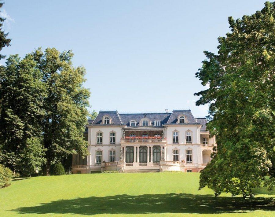 Palais Biron außen